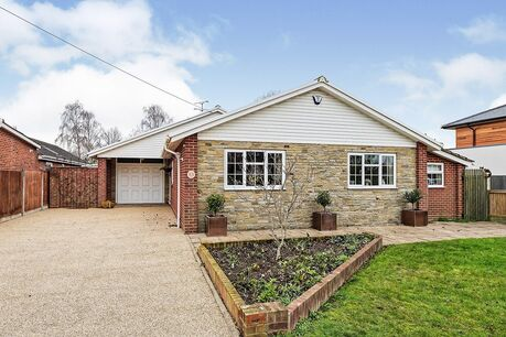 Bungalow for sale in