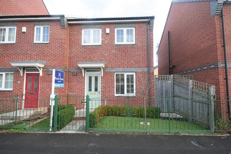 House for sale in Abbeygate with Reeds Rains