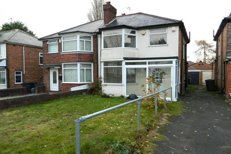 Enlarge 3 Bedroom Semi Detached House For Sale