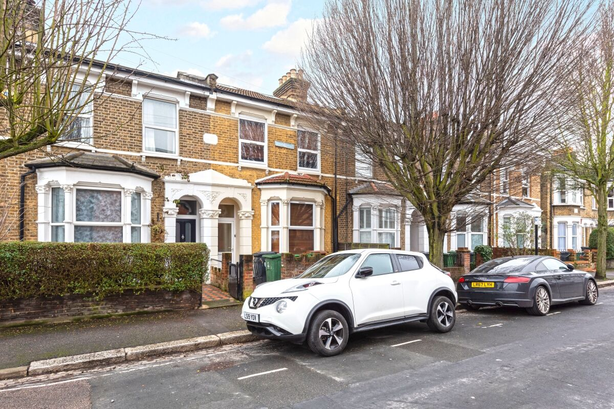 5 Bedroom House To Rent Morley Road London E10 2 700pcm