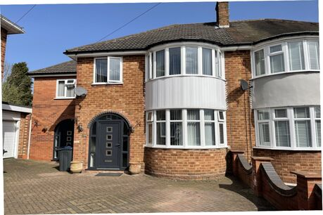 Houses for sale in Birmingham - Your Move
