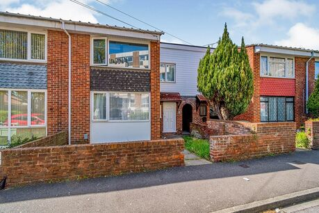 4 Bedroom Houses To Rent In Portsmouth Your Move