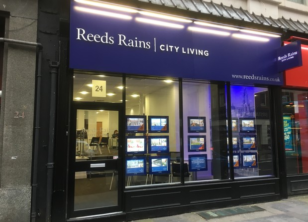 ReedsRainsLiverpoolCityLiving