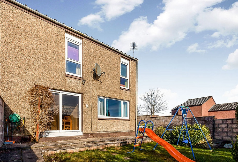 2 bed house Brechin